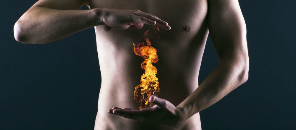 Reflusso quando cibo e acido salgono nell'esofago